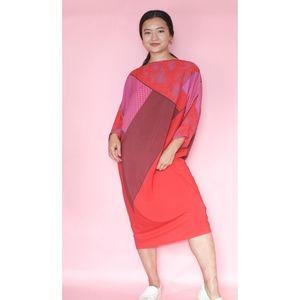 (95) VTG 80s Crazy Print Loose Dress